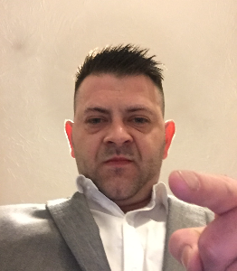 Male escort in Essex called mike