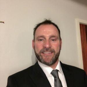 male escort huddersfield called tony
