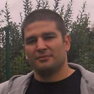 Male escort in London called Alexaner Carlin