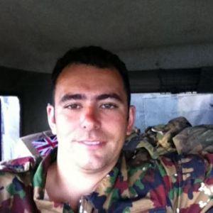 Male escort in Wiltshire called Robert